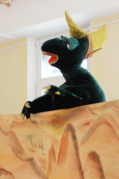 Зелёный динозавр